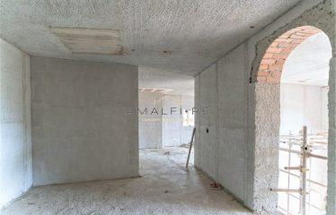 VILLA UNDER CONSTRUCTION in SCALA